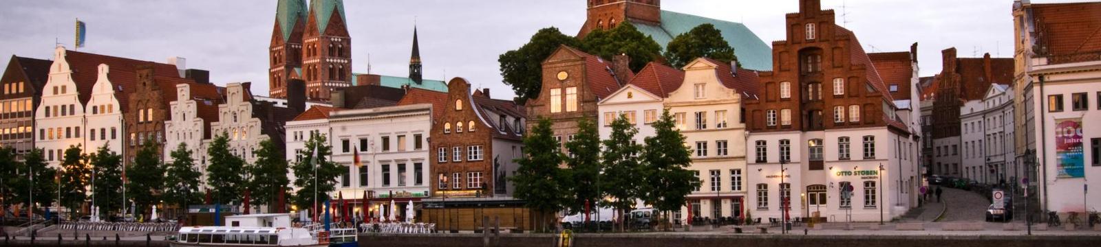 Sie Sucht Ihn Sex Lübeck